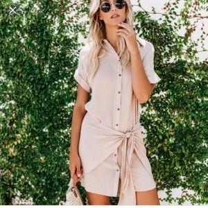 Vici tea & cup Tie-Front button down dress